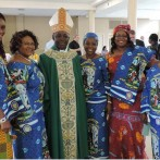 Archbishop Edward Tamba Charles visits St. James